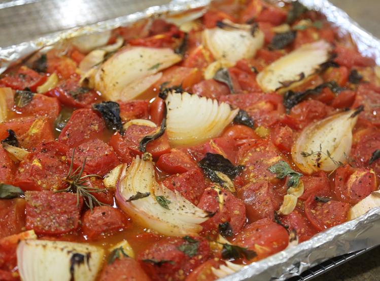 Fresh-Roasted Summer Garden Pasta Sauce 3